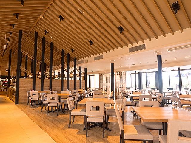 アラマンダ インギャーコーラルヴィレッジ レストラン