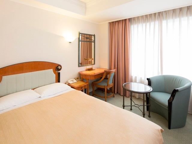 ホテルイースト21東京 セミダブルルーム