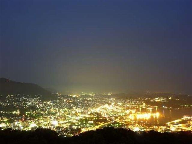 弓張の丘ホテル 夜景