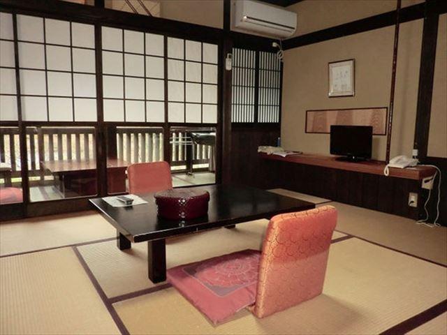 黒川温泉 旅館にしむら 和室