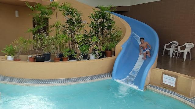ラグナガーデンホテル 屋内プール