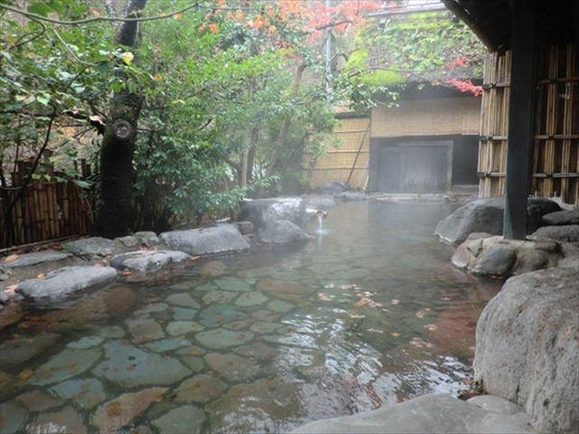 黒川温泉 旅館にしむら 露天風呂