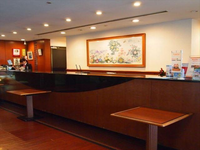 アークホテル熊本城前 フロント