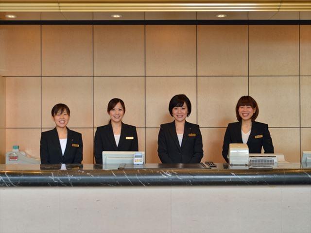 キャナルシティ・福岡ワシントンホテル フロント