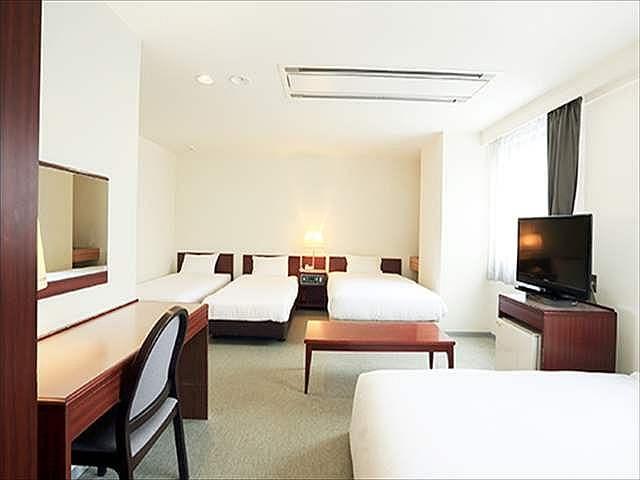 スマイルホテル函館 デラックスルーム(4~5名1室一例)