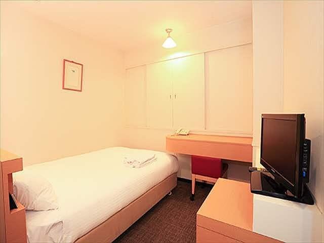 スマイルホテル函館 セミダブルルーム