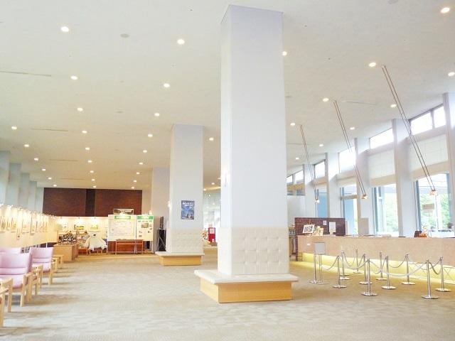 新富良野プリンスホテル ロビー