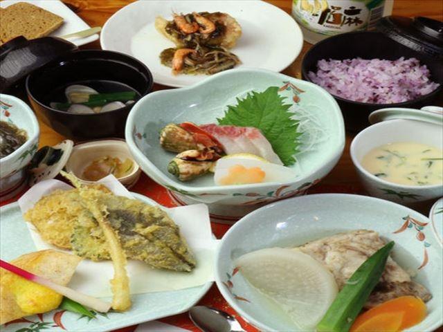 奄美大島ホテルリゾート コーラルパームス 夕食一例