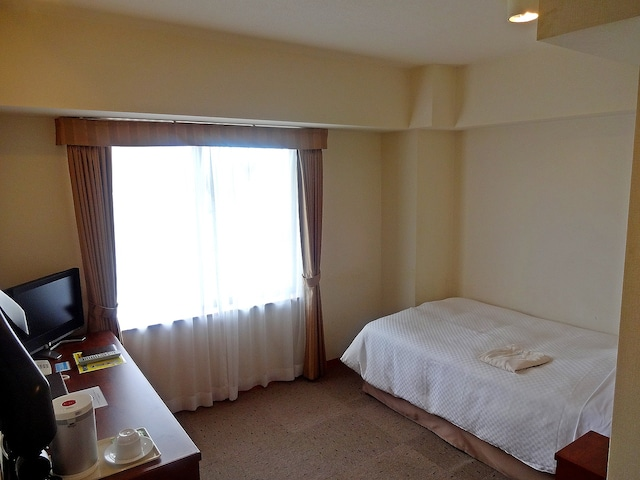 ホテルサザンコースト宮古島 シングル・セミダブル(一例) 15.5㎡