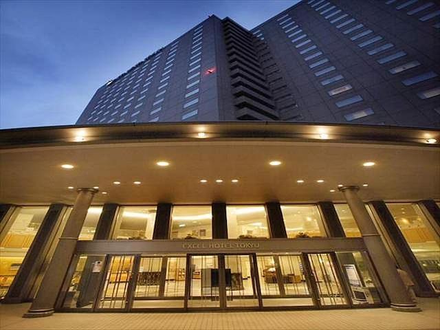 札幌エクセルホテル東急 外観(夜)