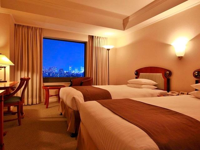 ホテルイースト21東京 スタンダードツインルーム 夜