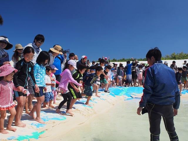 宝探しやビーチフラッグなど参加型のイベントが盛りだくさんイメージ