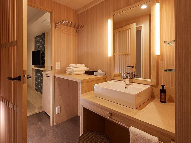 【錦糸町】SAKURA SKY HOTEL(桜スカイホテル) 風呂ツイン(洗面台)