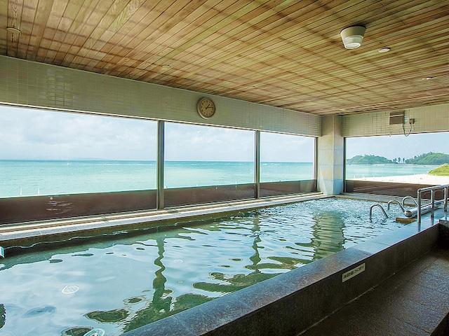 オクマ プライベートビーチ & リゾート 展望浴場