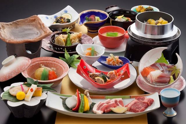 黒川温泉 瀬の本高原ホテル 夕食イメージ