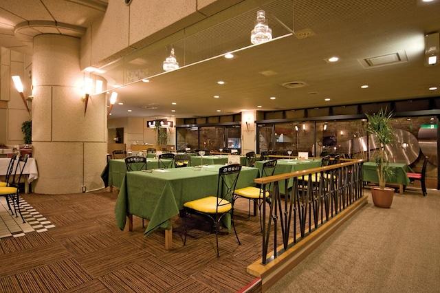 塩江温泉 ハイパーリゾート ヴィラ塩江 食事会場