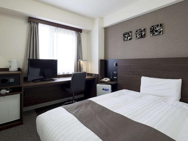 コンフォートホテル堺 シングル・セミダブル共通 14㎡(一例)