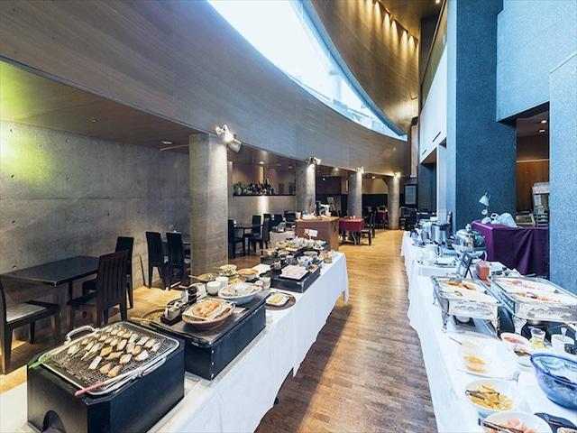 ホテルマイステイズ札幌中島公園 朝食会場「ラファソン」