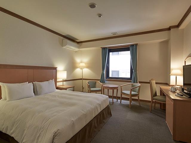 ホテルアザット那覇 本館 ダブルルーム