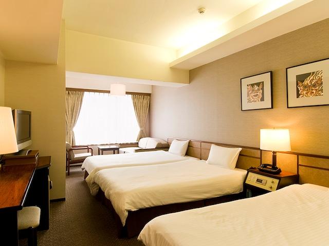 琉球サンロイヤルホテル 3名1室・4名1室 24㎡