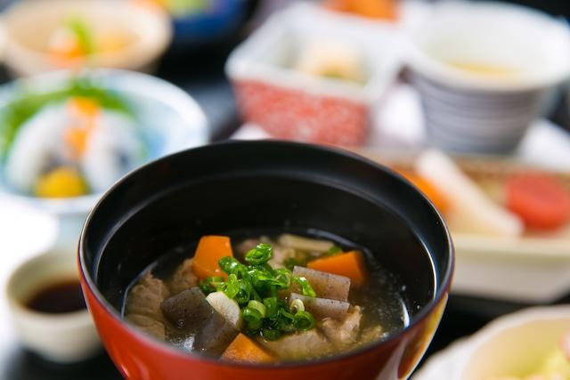 指宿温泉 いぶすき秀水園 さつま汁(朝食)
