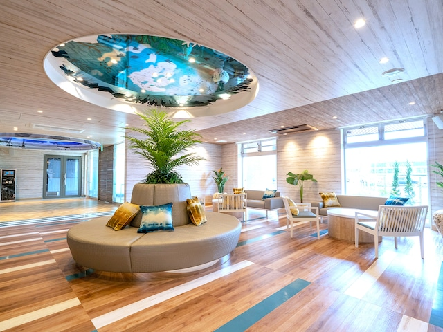 ラ・ジェント・ホテル 沖縄北谷 ロビー