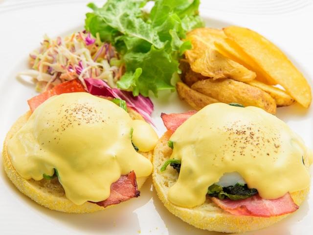 カフーリゾートフチャク コンド・ホテル Deli & Cafeでのモーニングプレート朝食イメージ