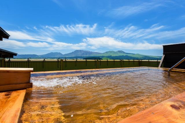 阿蘇内牧温泉 阿蘇プラザホテル 展望露天風呂「嶽湯空拝」