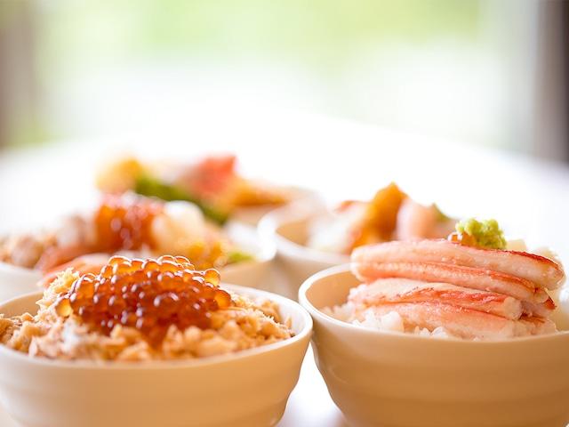十勝川温泉 観月苑 朝食バイキング(海鮮丼)