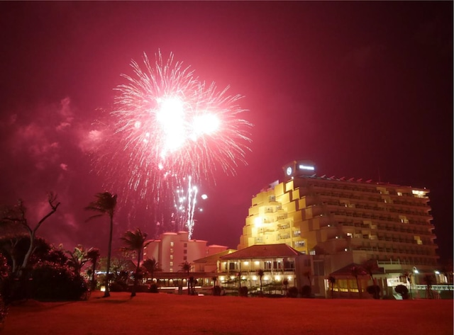シェラトン沖縄サンマリーナリゾート カウントダウン花火