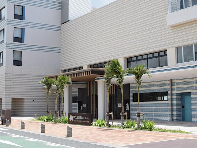 ダブルツリー by ヒルトン沖縄北谷リゾート 外観