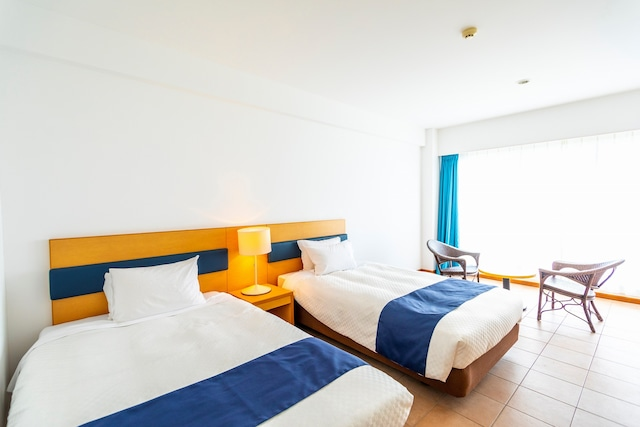 久米島イーフビーチホテル デラックスツイン(一例)※海側