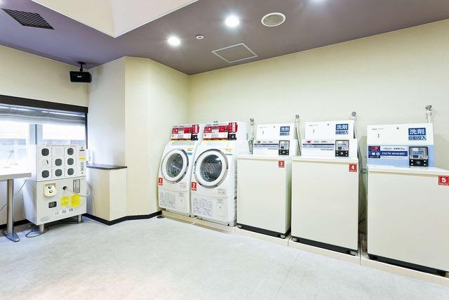 【新宿】新宿ワシントンホテル 本館 コインランドリー