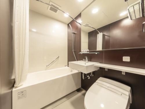 東急ステイ札幌大通 広々とした浴室