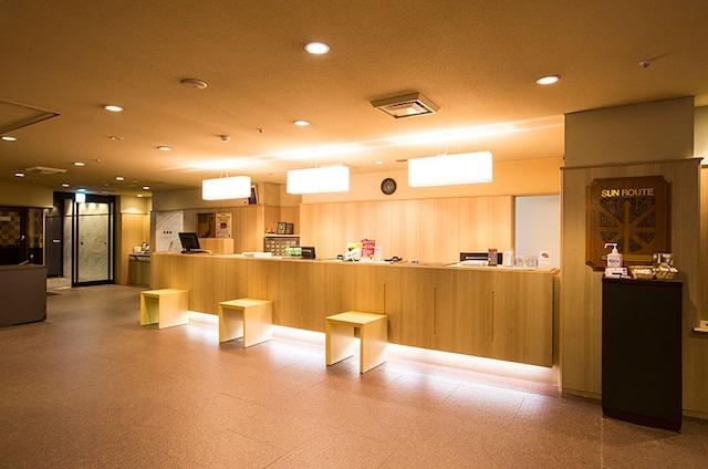 ホテルサンルートニュー札幌 フロント