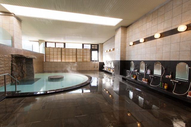 道後温泉 ホテルメルパルク松山 大浴場2