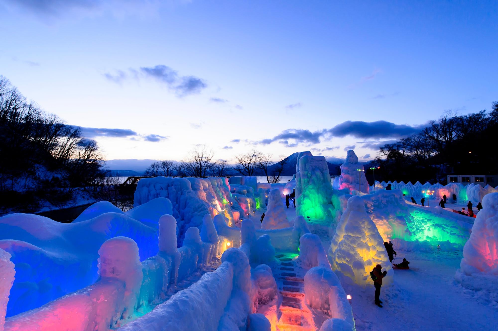 支笏湖 氷濤まつりイメージ