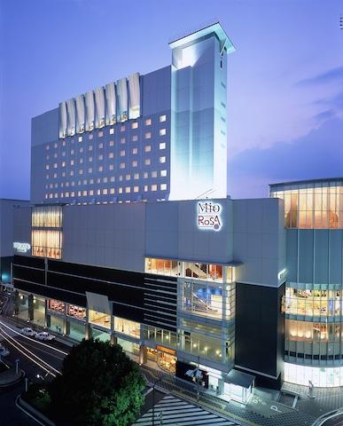 【千葉】京成ホテルミラマーレ 外観(夜)