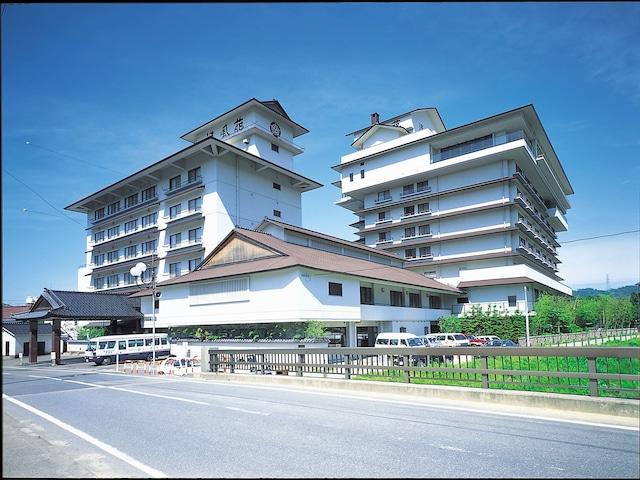 月岡温泉 ホテル清風苑 外観