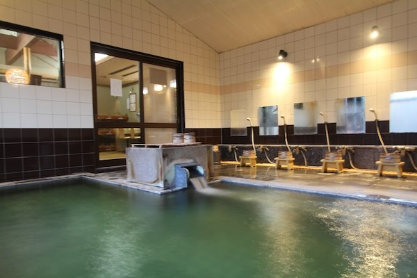 月岡温泉 湯あそびの宿 曙 大浴場