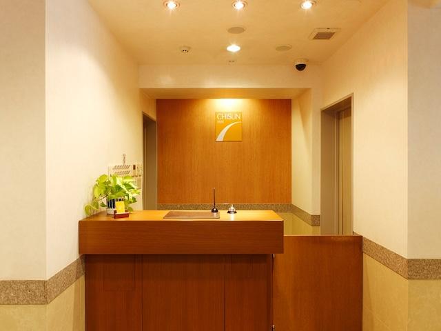 チサンイン蒲田 フロント