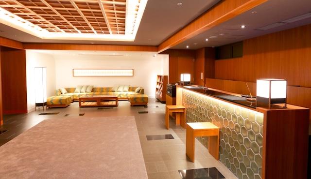ホテルグレイスリー京都三条 北館フロント