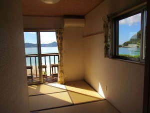 奄美ラッキーハウス 2階建て1棟貸コテージ 寝室(和室)