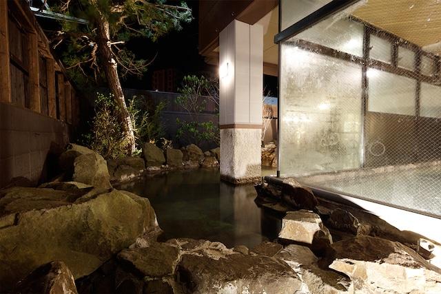 湯の川温泉 笑 函館屋 源泉かけ流し 岩露天風呂