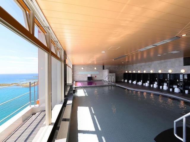 ベッセルホテルカンパーナ沖縄 別館大浴場