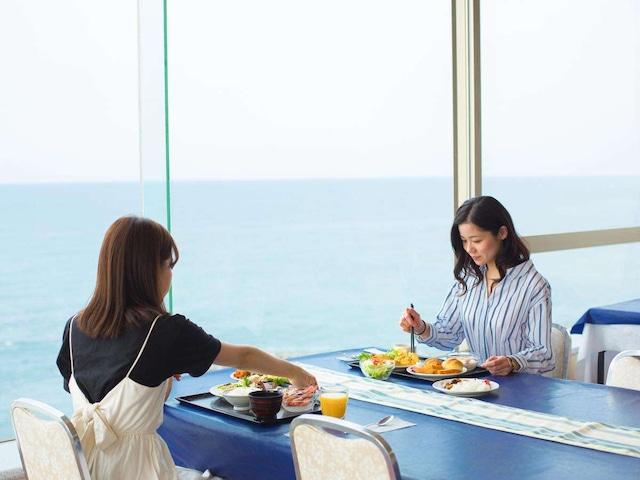 ホテルエリアワン番神岬 朝食の様子