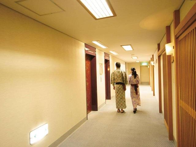 ホテルエリアワン番神岬 廊下