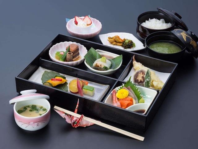月岡温泉 美の湯 風鈴屋 夕食例