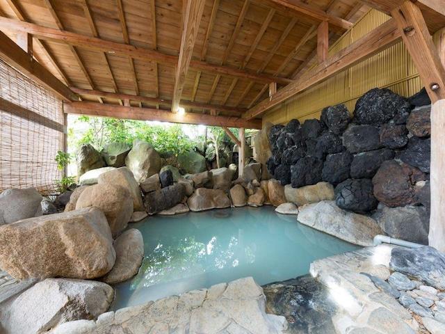 月岡温泉 美の湯 風鈴屋 露天風呂