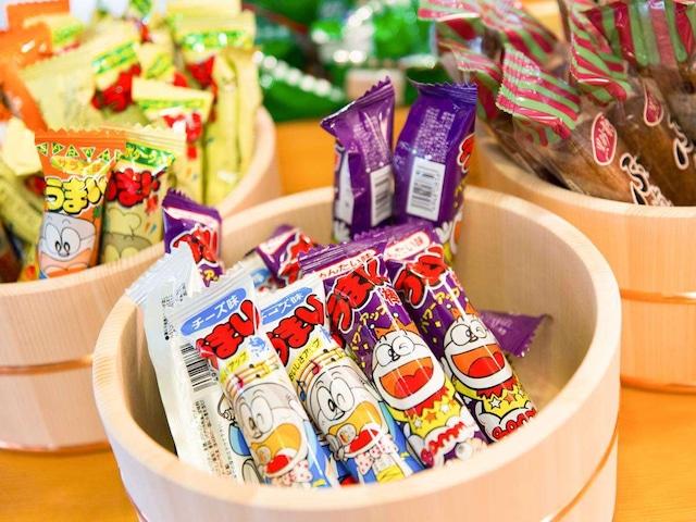月岡温泉 美の湯 風鈴屋 駄菓子コーナー